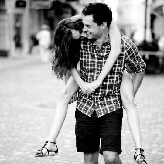 https://www.madamelit.fr/wp-content/uploads/2016/01/Couple-Happiness-Mood-Love-HD-Wallpapers-540x540.jpg